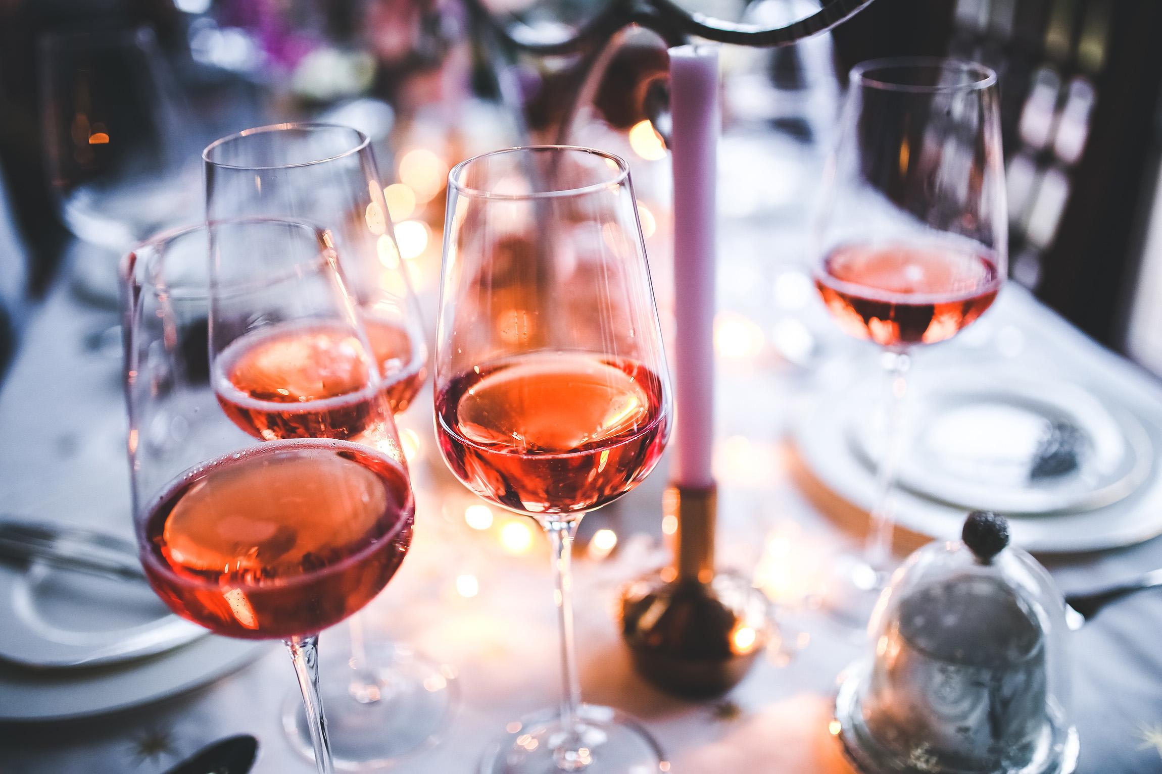 alcohol-alcoholic-dinner-6290